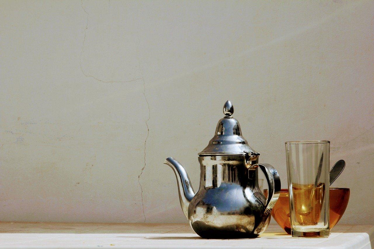 Pourquoi acheter une théière en inox?