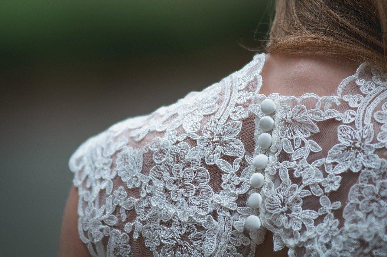 Read more about the article Quels vêtements pour un look doux et sexy?
